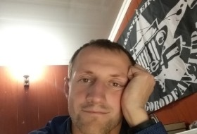 Vladimir, 34 - Just Me