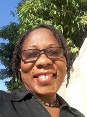 Lili, 41, Haiti, Port-au-Prince