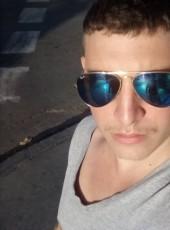 Manuel, 25, Cuba, Pinar del Rio