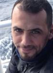 yusuf, 39  , Turki