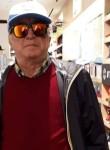 Flavio, 64  , Napoli