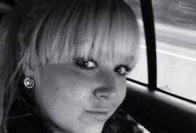 Lola   mur, 31 - Just Me
