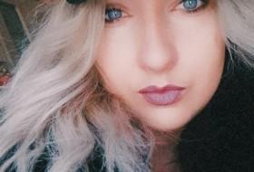 Karina, 28 - Just Me