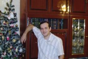 slava, 41 - Just Me