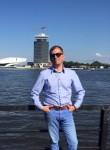 Andre, 43  , Budapest
