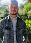 khaled , 21  , Naj