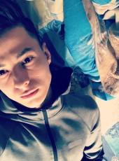 Maksim, 18, Russia, Naberezhnyye Chelny