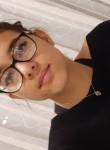 leana, 21  , Lausanne
