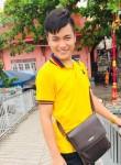 Bas. Bas, 22, Ubon Ratchathani