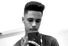 Paulo Henrique , 18 - Just Me