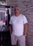 Alberto, 49  , Las Piedras