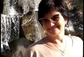 larisa, 54 - Just Me