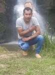 Renan, 35, San Gabriel