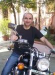 alessio, 47  , Livorno