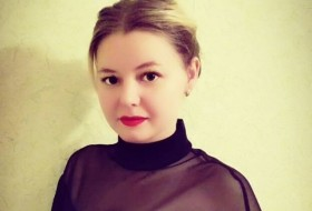 Veronika , 34 - Just Me