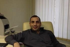 Vardan, 44 - Just Me