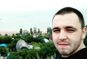 Vladimir, 25 - Just Me