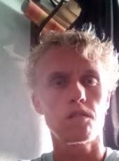 Jean-Philippe, 27, France, Roubaix