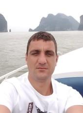 Yuriy, 34, Belarus, Vitebsk