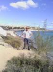Farid , 18, Torrejon de Ardoz
