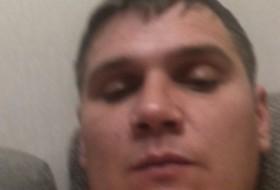 Grisha, 32 - Just Me