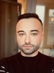 Maksim, 35, Saint Petersburg