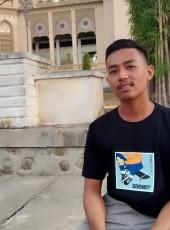 Za, 22, Indonesia, Lhokseumawe