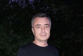 Elvir, 48 - Just Me