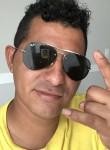 Carlitos, 30  , Sanford (State of Florida)
