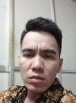 Quang , 38  , Hanoi