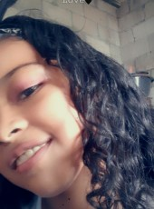 Lesli, 18, Guatemala, La Gomera