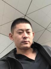 男神也, 34, China, Beijing