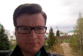 Denis, 43 - Just Me