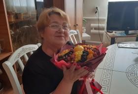 Tamara, 57 - Just Me