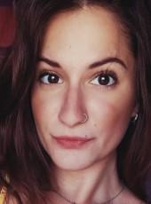 Nuria, 25, Spain, Malaga