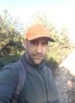 Julien, 37  , Bormes-les-Mimosas
