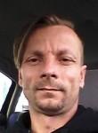 Kristijanl, 42  , Osijek