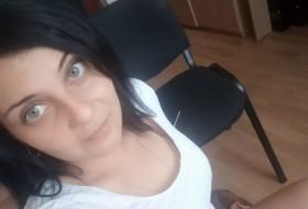 Vitek, 28 - Just Me