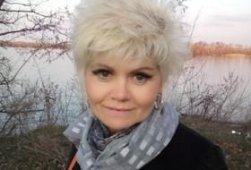 S Lana, 51 - Just Me