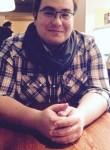 Maksim, 26, Saint Petersburg