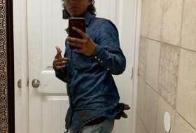 Wesley, 18 - Just Me