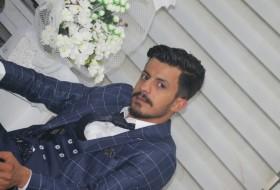 Mahmut, 24 - Just Me