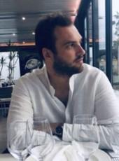 Thib, 29, France, Paris