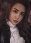 Yulya, 22  , Saint Petersburg