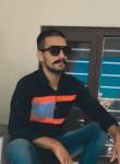 Tej , 25  , Khanna