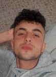 Emir, 22  , Istanbul