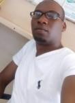 apple, 29  , Kampala