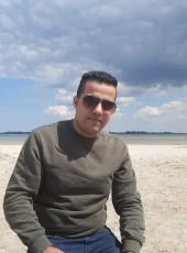 Tarek, 19, Germany, Greifswald
