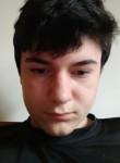 Alex, 18  , San Marino