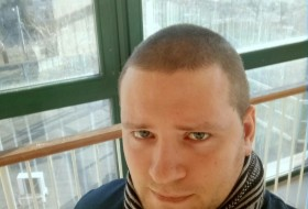 Vladimir, 28 - Just Me